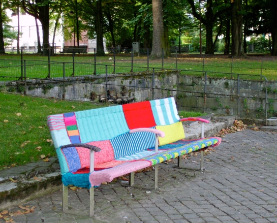 Even the benches are dressed up. Soft!