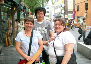 Meeting foreigners in Insa-dong